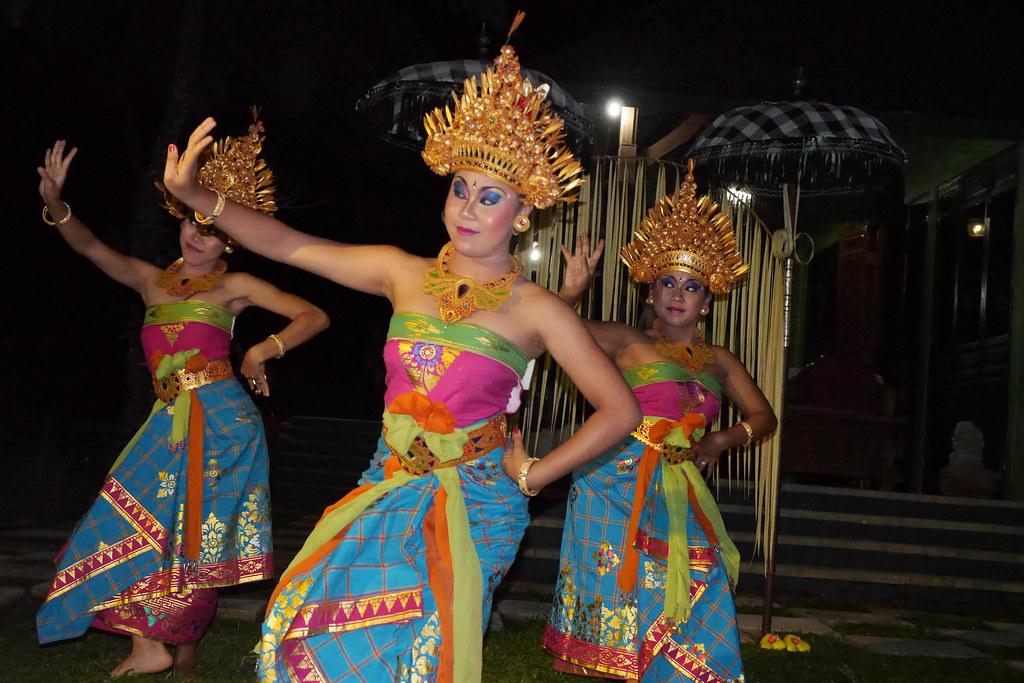 Traditional Balinese Dancers-8.jpg