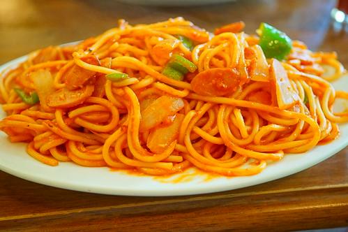 Large Neapolitan spaghetti