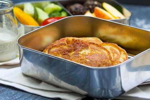 Kichererbsenpfannkuchen gefüllt