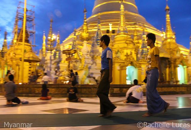 Shwedagon Pagoda-13