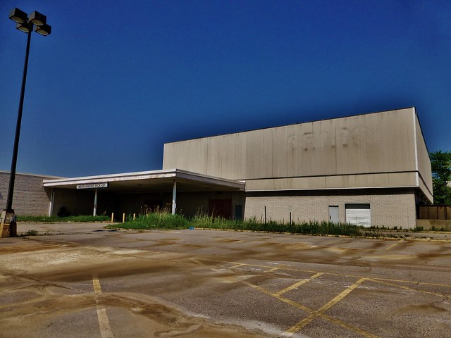 Abandoned Sears At Randall Park Flickr Photo Sharing Iphone Wallpapers Free Beautiful  HD Wallpapers, Images Over 1000+ [getprihce.gq]