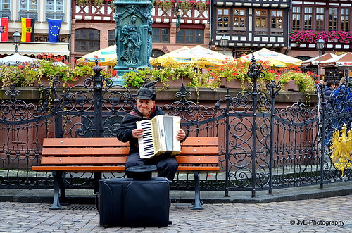 Accordion player (explored)