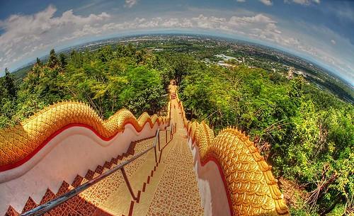 temple steps fisheye vista chiangmai 15challengeswinner watphrathatdoikham