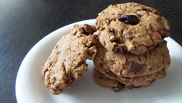 Chocolate Chunk Oatmeal Cookies from What Food I Made
