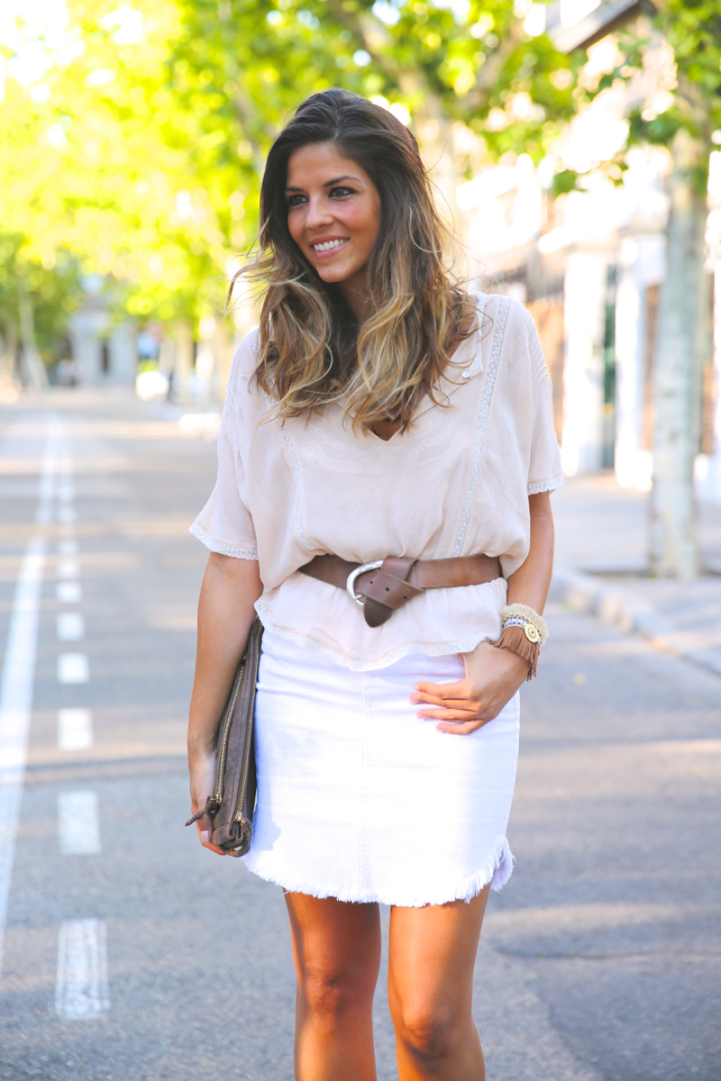 trendy_taste-look-outfit-street_style-ootd-blog-blogger-fashion_spain-moda_españa-white_skirt-falda_blanca-sandalias_cuña-wedged_sandals-10