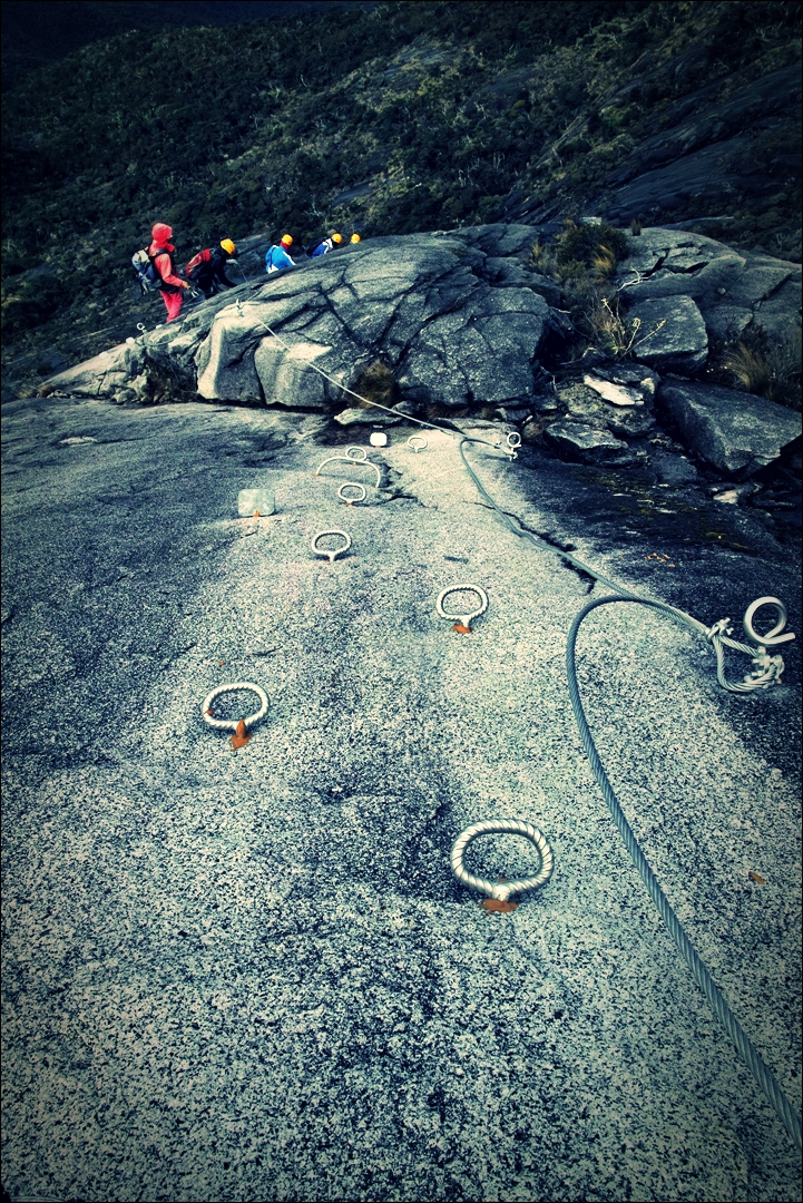 진행-'키나발루 산 비아 페라타.  The highst Via Ferrata Kinabalu mountain '