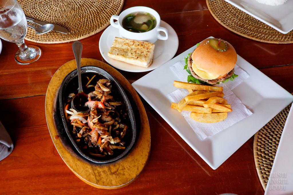 coco-grove-beach-restaurants