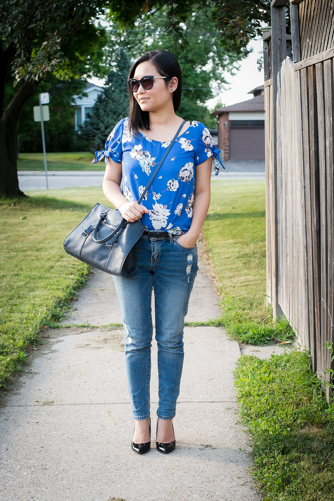 Floral top with bows 03