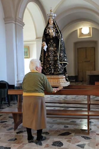 venerating the Madonna
