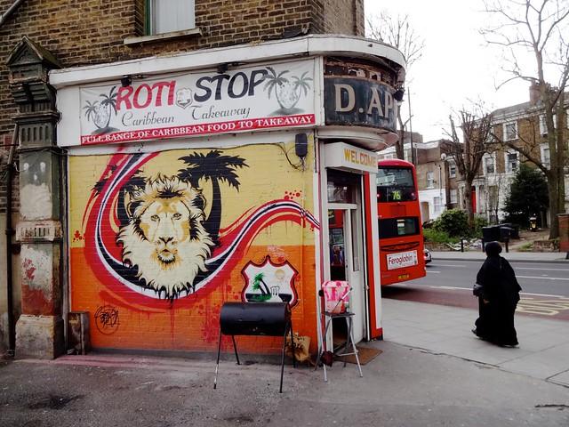 London, Stoke Newington corner