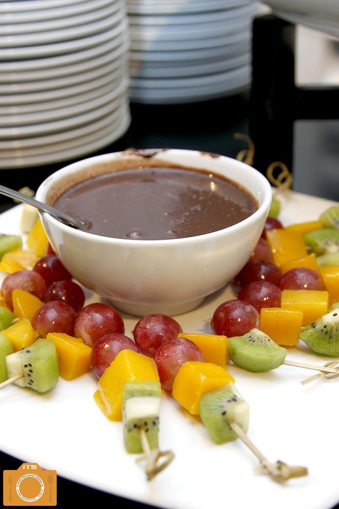 BBQ Buffet Fruits with Chocolate Fondue