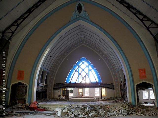 Eglise Notre-Dame-de-la-Paix demolition 04