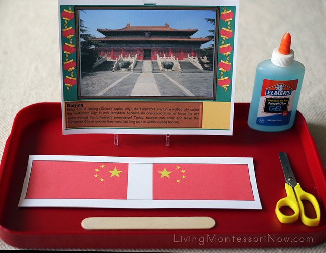 China's Capital City and Flag Tray