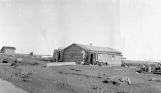 Shingle Point Indian Residential School and Home for Boys, Shingle Point, Mackenzie District, Yukon, 1930 / Pensionnat indien de la pointe Shingle et résidence pour garçons, la pointe Shingle, district de Mackenzie (Yukon), 1930