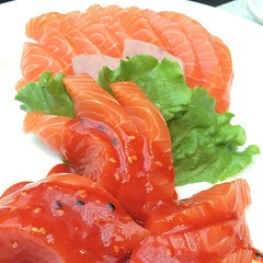 Sashimi that looks too beautiful to be real! #sashimi #vancouver #gastropost #eat #dinner #ayce #fresh #salmon #spicy #tuna #fish #seafood