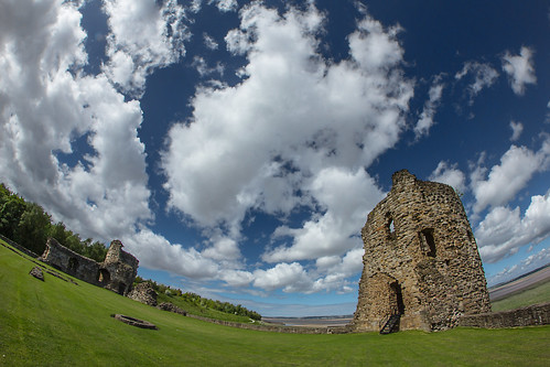 from uk sky cloud castle home look clouds canon for was nice day with action good ruin some here fisheye gb got much but didnt drama 8mm flint grounds soon greeted 600d samyang flintcastle i