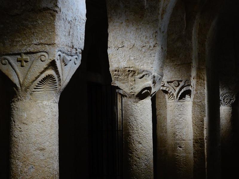Crypt, Abbatiale S Marie, Cruas