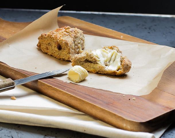 Beilagen zum Grillen Käse Scones by Lunchforone