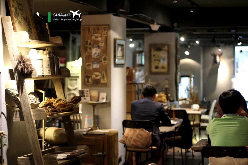東區下午茶》忠孝敦化 懷舊歐洲風格 充滿復古風情的PURR's Cafe @Gina Lin