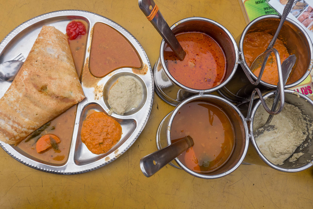 Masala Dosa and sauce.jpg