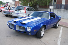 convertible(0.0), automobile(1.0), automotive exterior(1.0), vehicle(1.0), performance car(1.0), pontiac firebird(1.0), land vehicle(1.0), muscle car(1.0), coupã©(1.0),
