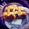 La felicidad viene en pequeños bocados. #food #pleasures #postres #comida #culinaria #reposteria #bakery