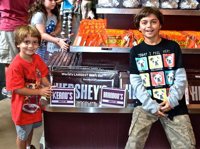 world's largest chocolate bar - Chocolate World Hershey PA USA