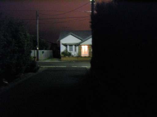 20040409_SUBURBAN_NIGHT