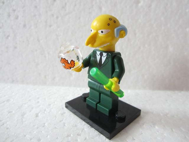 Lego Simpson p19