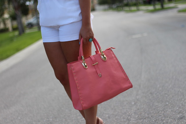 White T-Shirt & Shorts | Coral Galian Handbag | Brown Sole Society Wedges | Back to Basics | #LivingAfterMidnite