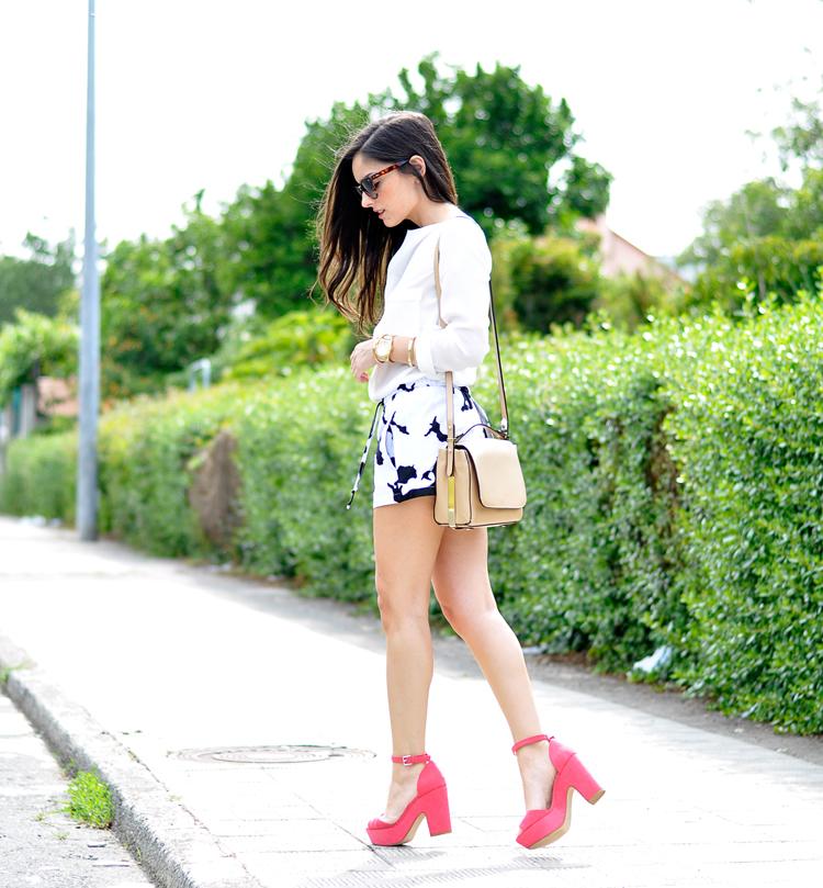 Pink Sandals_07