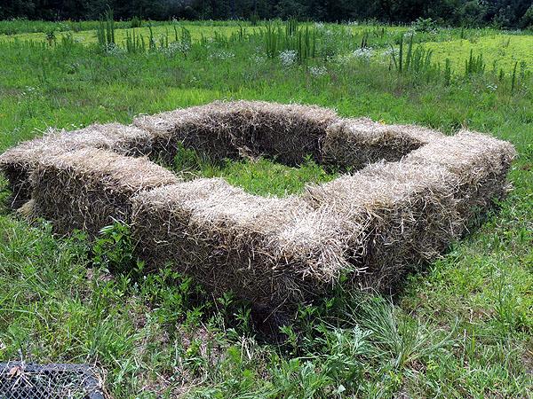 Hay-bales-compost piles-03