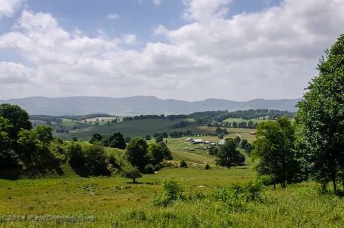 summer landscape virginia unitedstates cove bowl valley tazewell burkesgarden tazewellcounty burkesgardenvirginia d7000 tazewellcountyvirginia pauldiming burkegarden