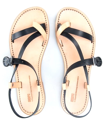 Lyn sandals