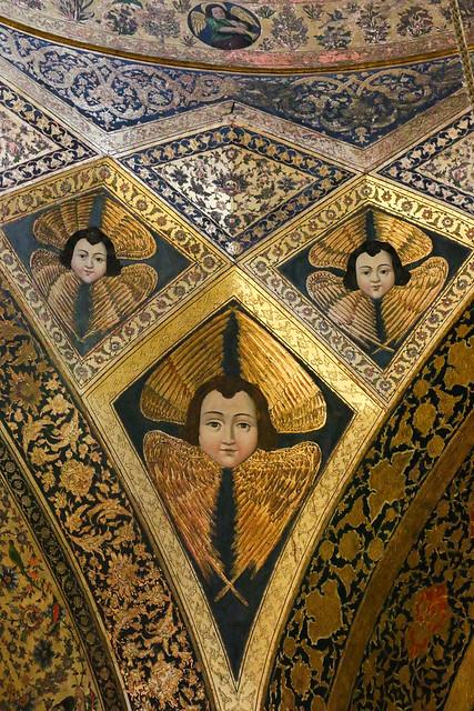 Angel decoration in Vank Cathedral, Isfahan, Iran イスファハン、ヴァーンク教会の天使の装飾