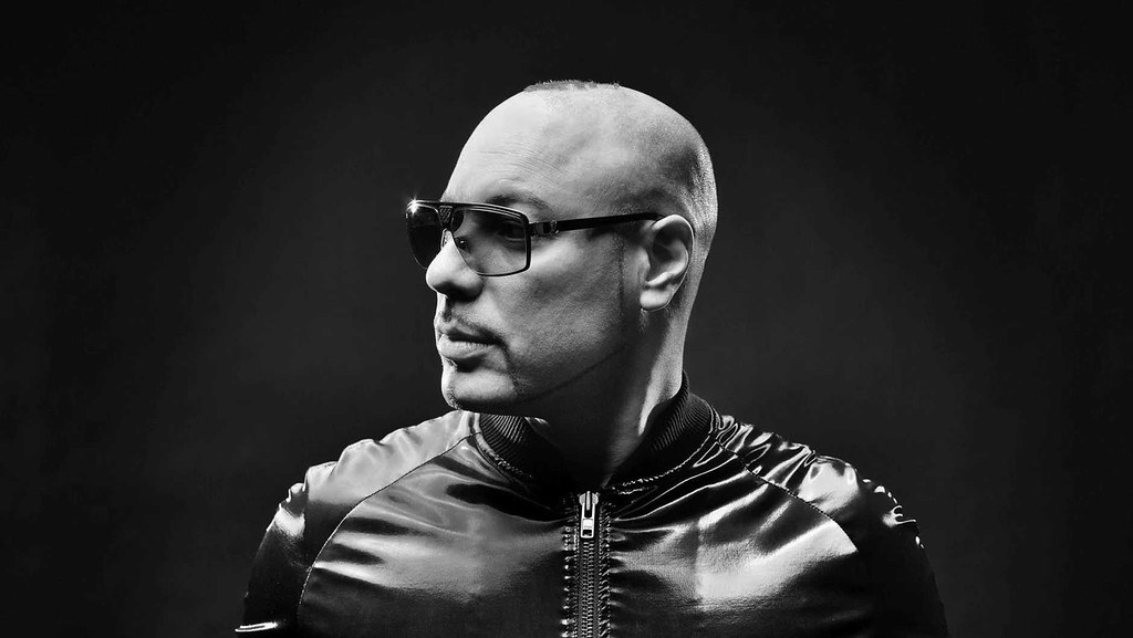 We-Are-FSTVL-RogerSanchez--_1880_1060_50gray