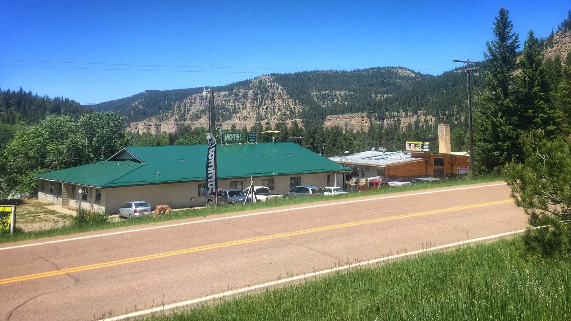 Stay and play at Cougar Canyon Lodge and Escape in Monarch, Montana located on Highway 89 in the Little Belt Mountains.