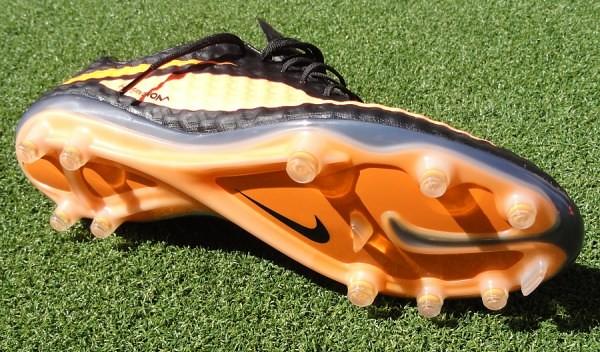 Nike-Hypervenom-Soleplate
