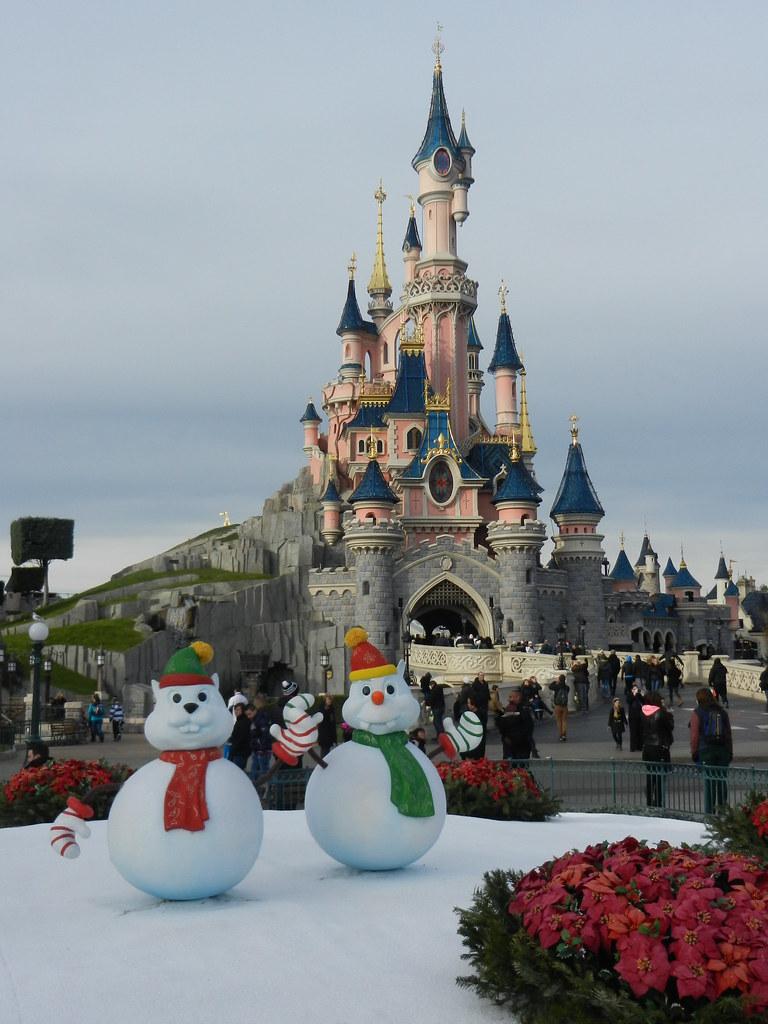 Un séjour pour la Noël à Disneyland et au Royaume d'Arendelle.... - Page 3 13670615175_67c579f68e_b