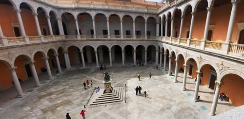 Alcazar - Patio - Toledo