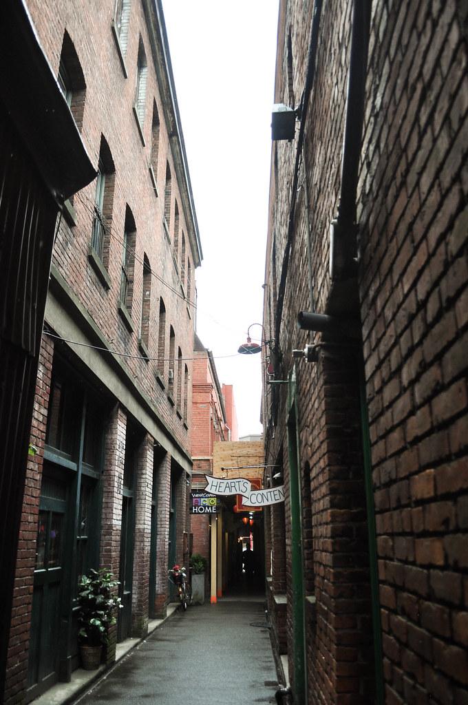 Victoria alley way