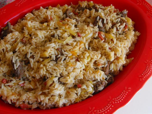 Tirinhas de vitela com arroz