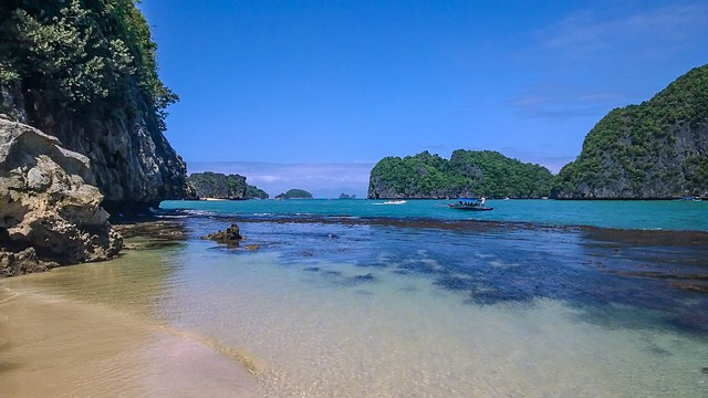 Breathtaking Caramoan view,  enhanced with the Creative Studio app (taken with Lumia 1520 by Nicolas  Padilha)