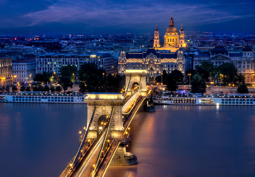 blue st long exposure hungary basilica budapest chain hour stephens brigde