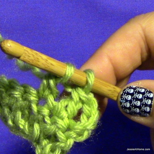 Stitchopedia-Getting-Started-Double-Crochet-6