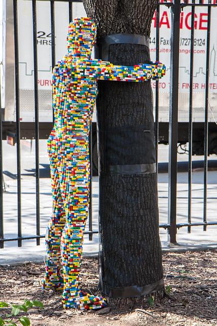 Lego Hugman, Nathan Sawaya