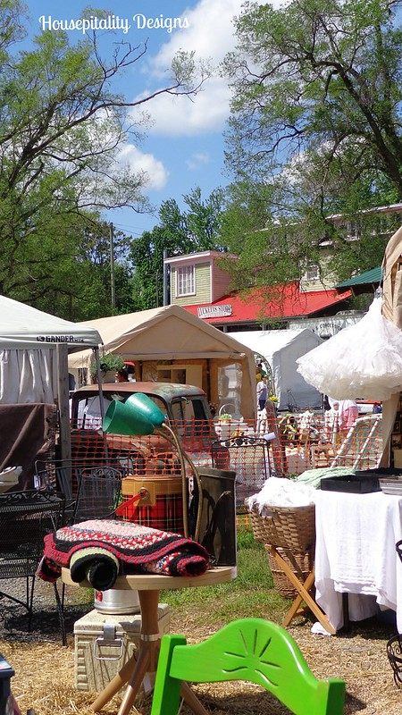 Lucketts 2014 Spring Market