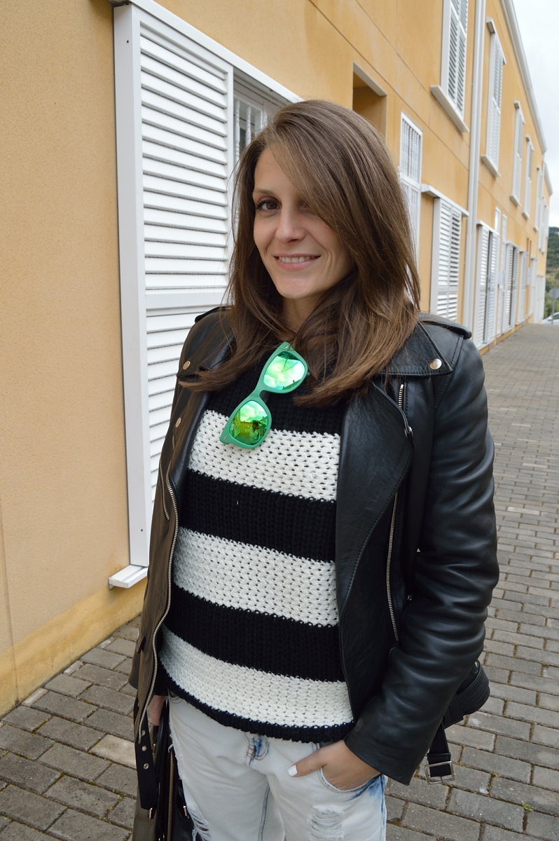 lara-vazquez-madlula-fashion-blog-style-pop-of-green