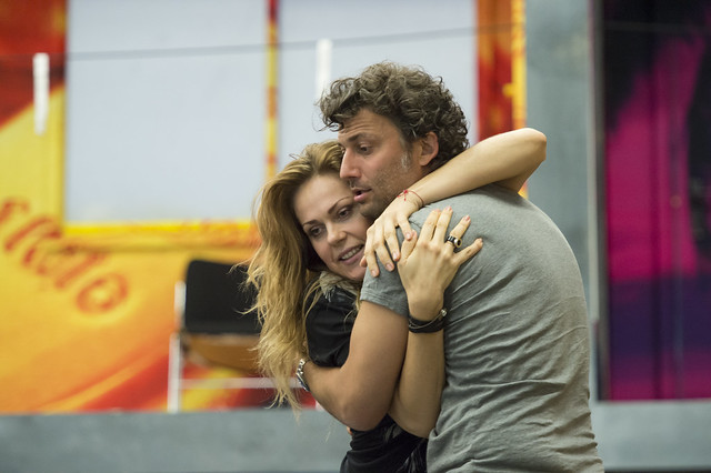 Jonas Kaufmann and Kristine Opolais in rehearsals for Manon Lescaut  ©ROH/Bill Cooper, 2014