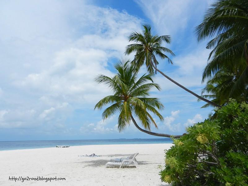 Пляж  с северной стороны острова
